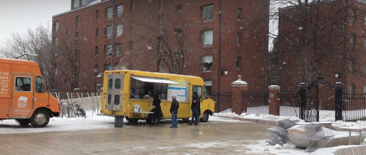 Bon Me truck in Harvard Yard