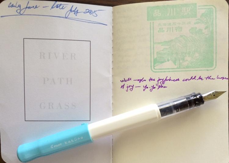 Kakuno fountain pen on a Baron Fig Apprentice notebook